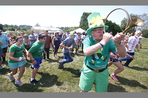 Thousands hunt leprechauns in support of SHARE Foundation